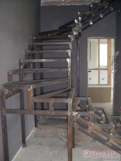 Отделка металлической лестницы своими руками видео