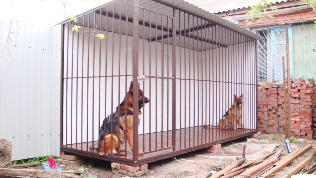Самый простой вольер для собаки своими руками